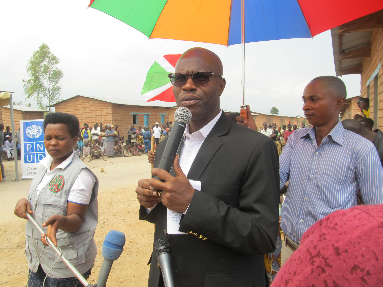 Remise officielle des Maisons à Buhomba