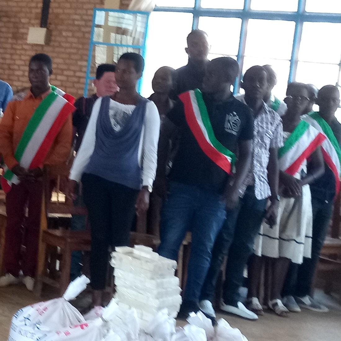 Visite des membres du FONEB/National au Centre de Rééducation de Mineurs  en Conflit avec la Loi à Ruyigi