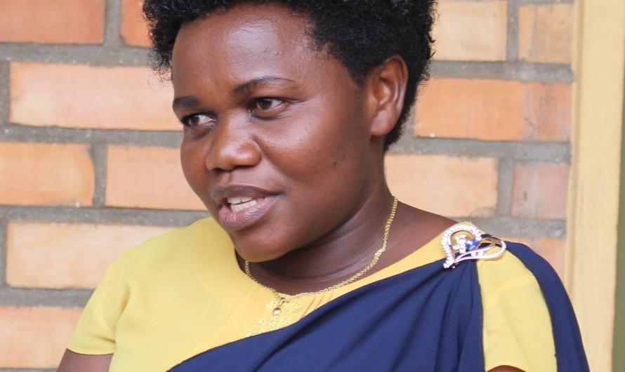 IMELDE SABUSHIMIKE SOUTIENT LES FEMMES LEADER